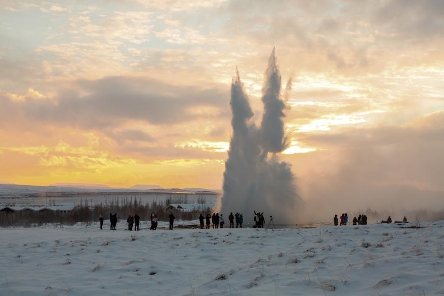 Fernweh_Strokkur-Geysir-winter_web