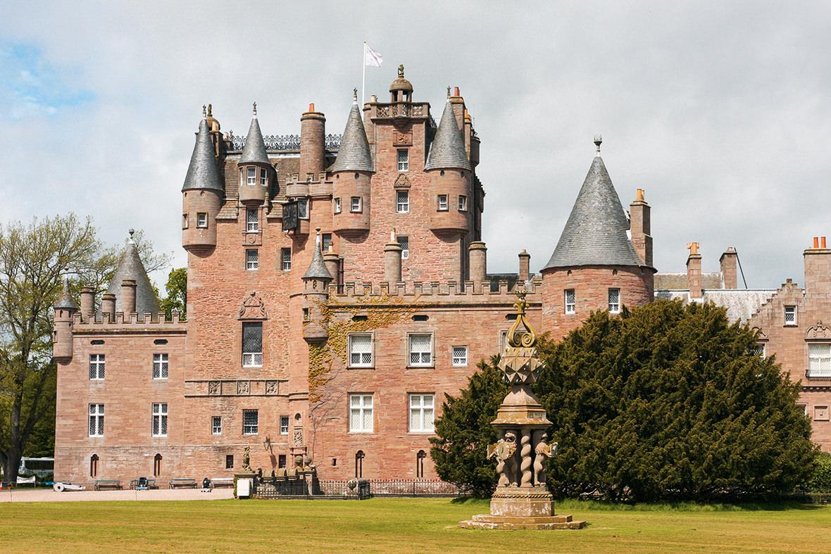 clamis-castle