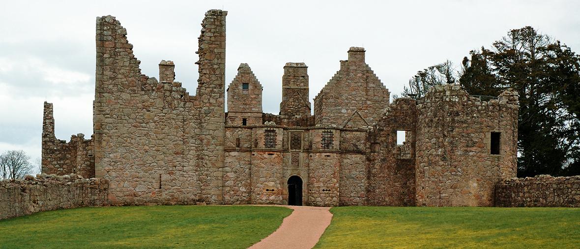 tolquhon-castle